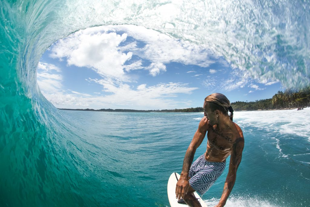get barrelled in paradise